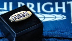 fulbright-pin-logo-1 i i